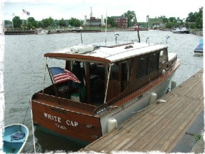 Wooden boat - 1940's Richardson