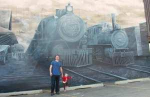 lacombe_train-mural