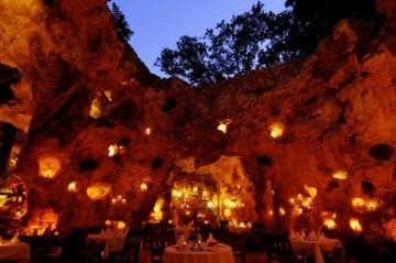 Ali Barbour's Cave Restaurant (Kenia)