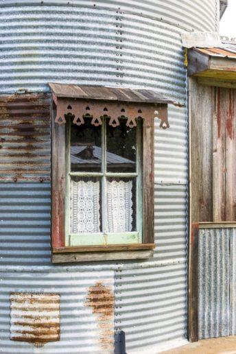 Grain-Silo-Guesthouse-8-640x960