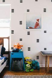 1499053683_969_como-decorar-paredes-com-fita-isolante-inspiracao