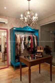 1496374329_638_11-ideias-para-criar-um-armario-minimalista-gastando-pouco
