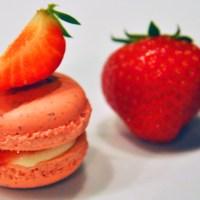 Sommerdrøm 5: Makroner med jordbær og philadelphiakrem