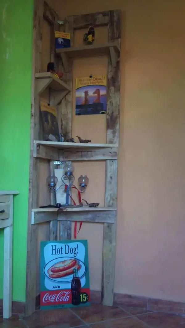 Pallet Corner Shelf 1001 Pallets