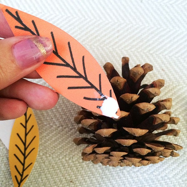 Directions To Make A Pinecone Turkey Craft