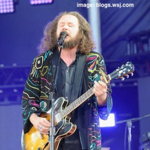 jim james guitar