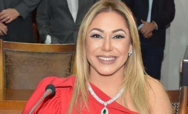 008ff13adaf Home Colunistas Jaciara Barros Primeira mulher a presidir Legislativo do  Tocantins é a única que atualmente assume o posto no Brasil
