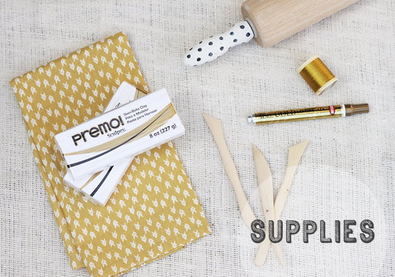 Example Supplies for DIY  Ejemplo materiales DIY