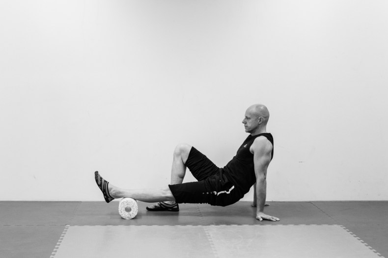 Black Roll Relax Exercises - Photographed by Fanning Tseng for Y!PE