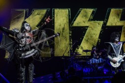 kiss Omaha rkh images (143 of 164)