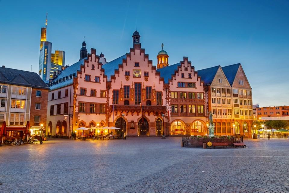 Plaza Römerberg, centro histórico de Frankfurt - 101viajes