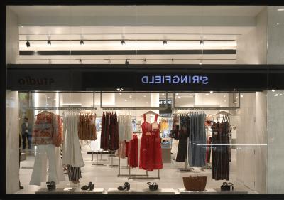 Architect-Retail-Mango-Store-Miraflores-3