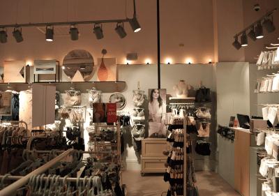Architect-Retail-WomenSecret-Store-Cartago-4