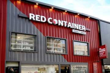 red container itaewon