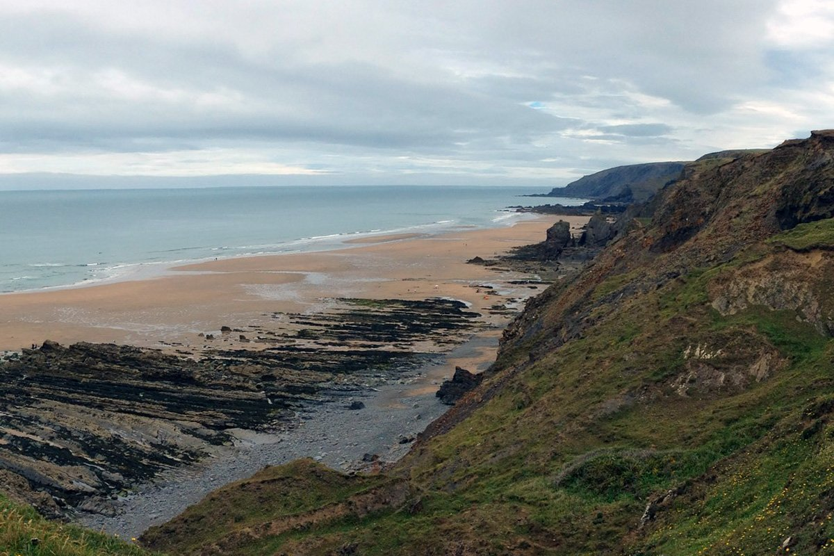 Sandymouth Bay near Bude, South West Coast Path, North Cornwall. Copyright Stephanie Boon, 2017. All Rights Reserved.