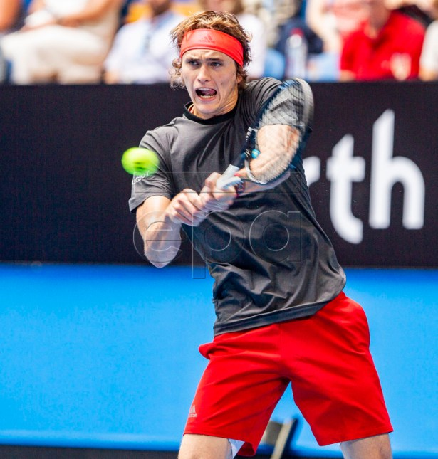 Alexander Zverev of Germany during the men's singles match between Germany and France on day 5 of the Hopman Cup tennis tournament at RAC Arena in Perth, Australia, 02 January 2019.  EPA-EFE/TONY MCDONOUGH EDITORIAL USE ONLY AUSTRALIA AND NEW ZEALAND OUT
