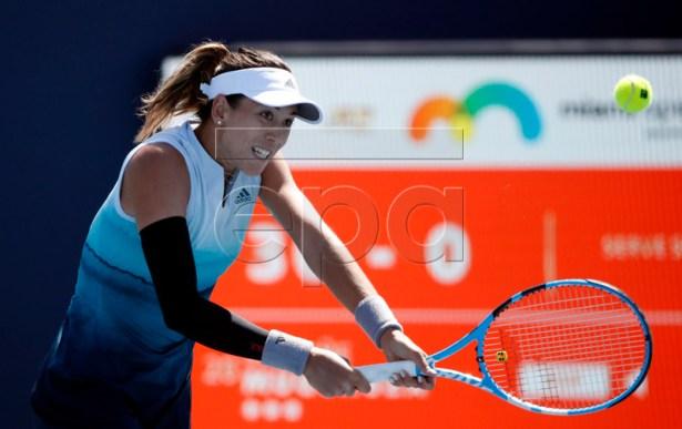 Garbine Muguruza of Spain in action against Monica Niculescu of Romania during their match at the Miami Open tennis tournament in Miami, Florida, USA, 22 March 2019.  EPA-EFE/JASON SZENES