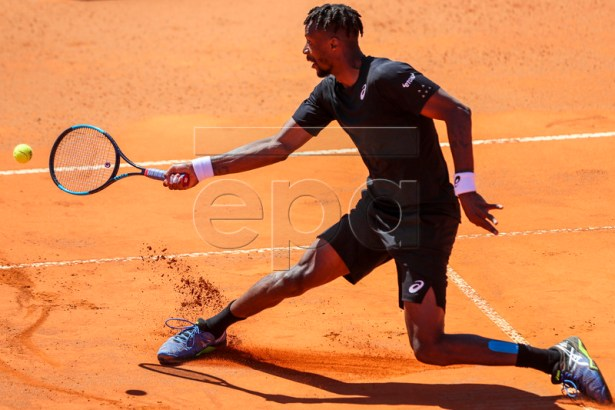 Gael Monfils of France in action during his second round match against Reilly Opelka of the USA at the Estoril Open tennis tournament in Cascais, near Lisbon, Portugal, 01 May 2019.  EPA-EFE/JOSE SENA GOULAO