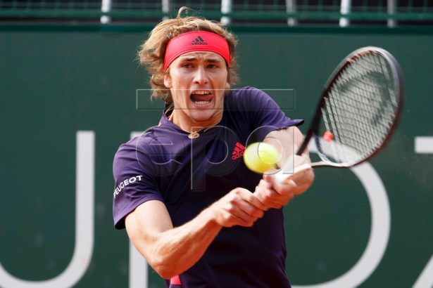 Alexander Zverev of Germany in action against Federico Delbonis of Argentina during their semi final match at the ATP 250 Geneva Open tennis tournament in Geneva, Switzerland, 24 May 2019.  EPA-EFE/SALVATORE DI NOLFI