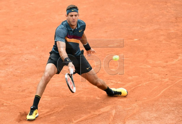 Juan Martin Del Potro of Argentina plays Yoshihito Nishioka of Japan during their men?s second round match during the French Open tennis tournament at Roland Garros in Paris, France, 30 May 2019. EPA-EFE/CAROLINE BLUMBERG