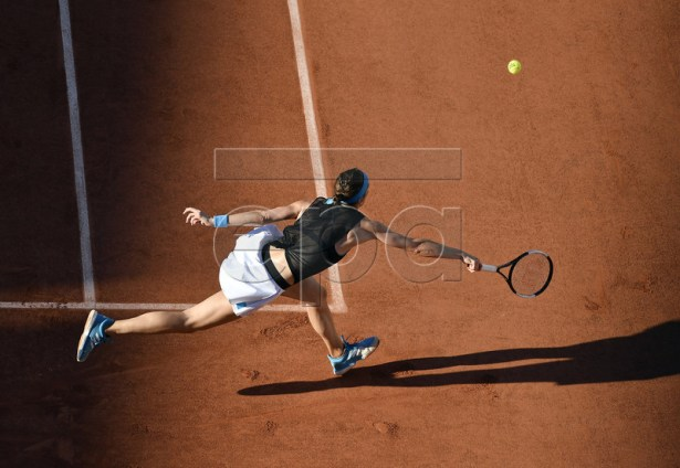 Andrea Petkovic of Germany plays Ashleigh Barty of Australia during their women?s third round match during the French Open tennis tournament at Roland Garros in Paris, France, 01 June 2019. EPA-EFE/JULIEN DE ROSA