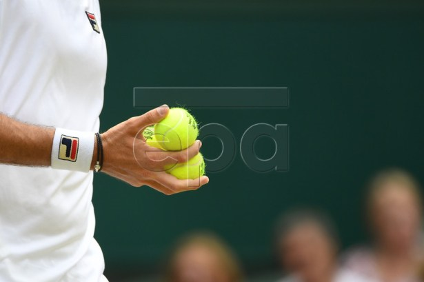 Guido Pella of Argentina plays Kevin Anderson of South Africa in their third round match during the Wimbledon Championships at the All England Lawn Tennis Club, in London, Britain, 05 July 2019. EPA-EFE/ANDY RAIN EDITORIAL USE ONLY/NO COMMERCIAL SALES