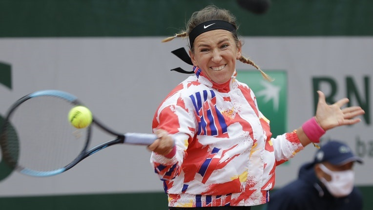 Birthday girl Simona Halep sails through after slow start
