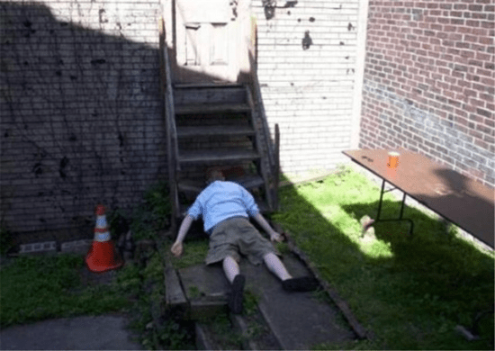 passed-out-drunk-people-0013