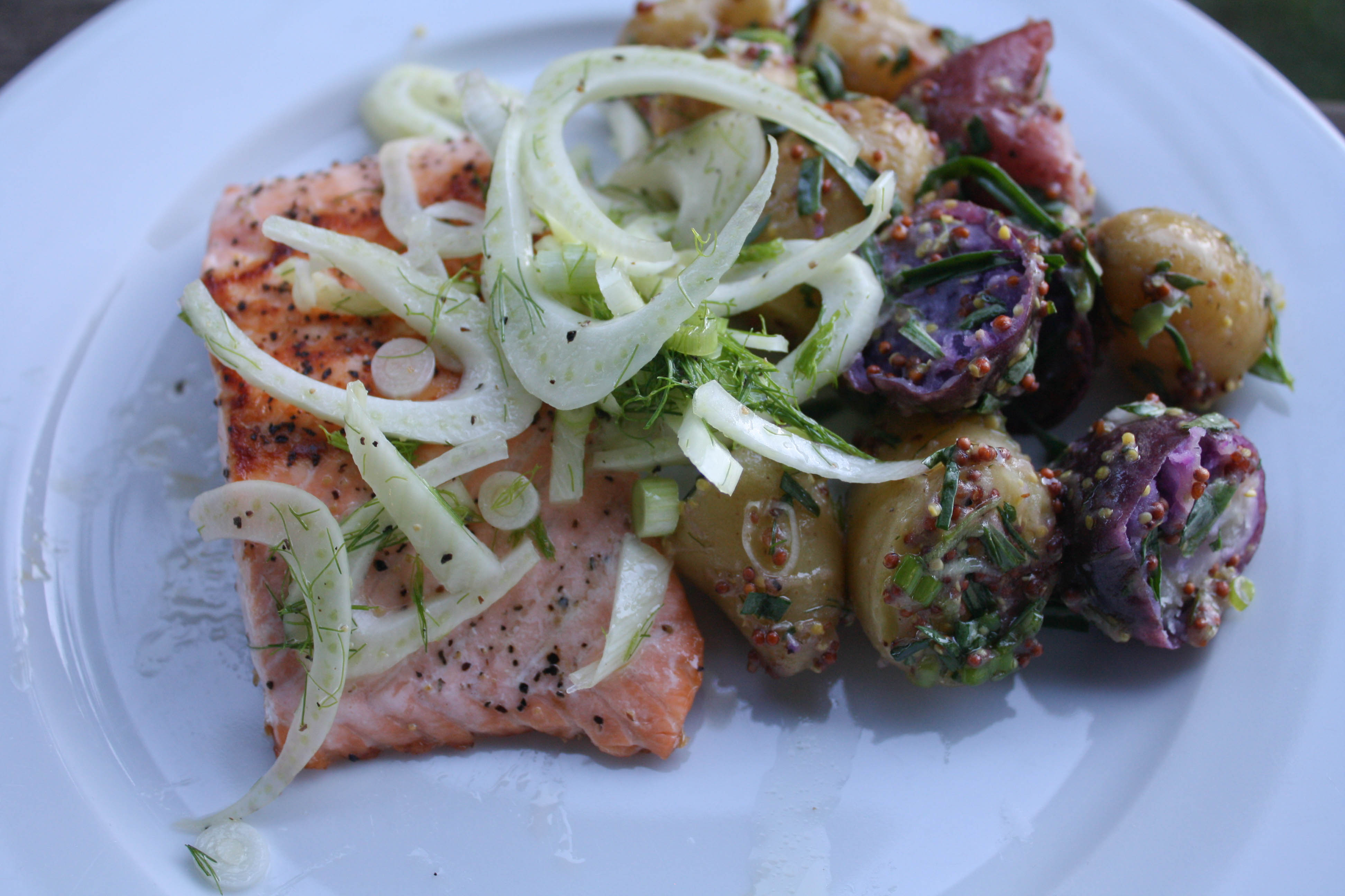 Blue apron and weight loss - After A Few More Bites I Was More And More Impressed The Sear On The Top Of The Salmon Had A Little Crunch And It Was Awesome The Potato Salad Something