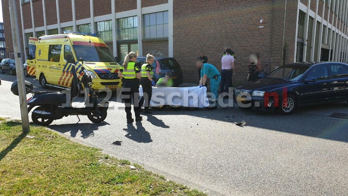 Man gewond bij aanrijding in Enschede