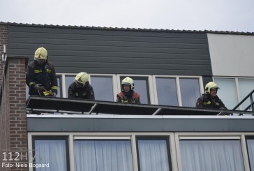 Losgeslagen balustrade door wind Stevinstraat Schoonhoven