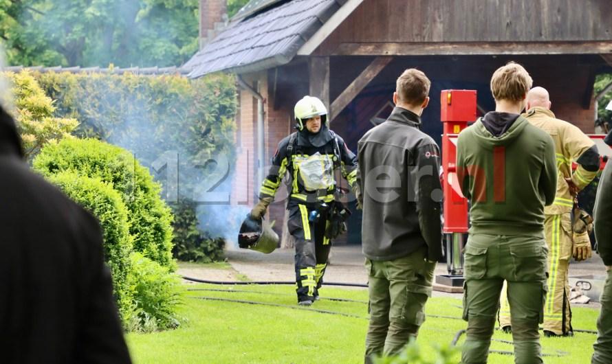 Brandweer rukt uit voor schoorsteenbrand in De Lutte