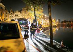 Haarlem – Duikteams van brandweer zoeken langdurig in Spaarne na plons