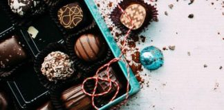 Super 6 Affordable Gifts for Whiskey Lovers whiskey chocolates