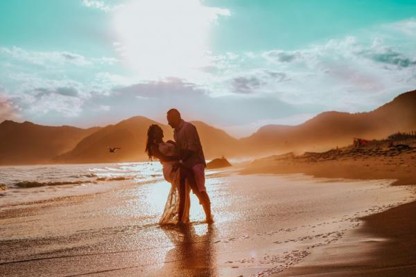 The Truth About Dating a Man with Prostate Cancer romance couple on beach