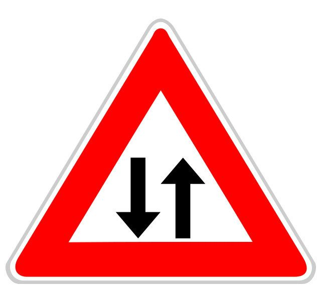 Panneau circulation dans les deux sens