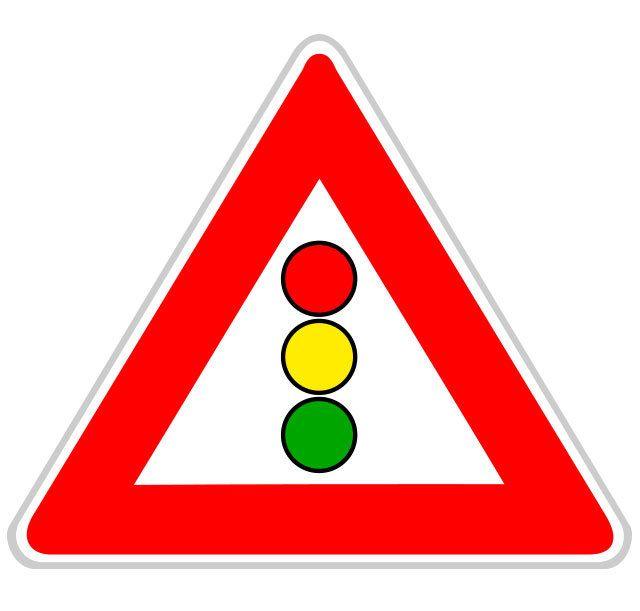 Panneau d'annonce de feux tricolores
