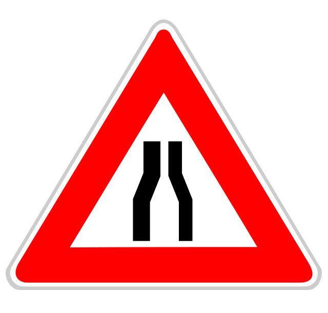 Panneau chaussée rétrécie