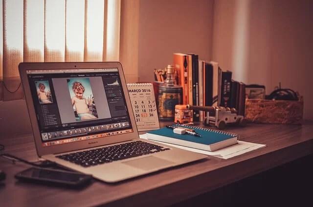 Trabaja retocando fotos en tu casa