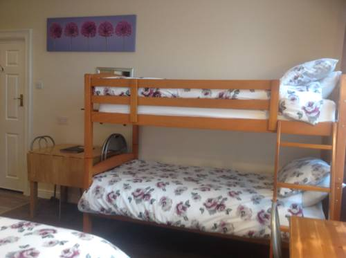 Cleasewood Guest House Promo