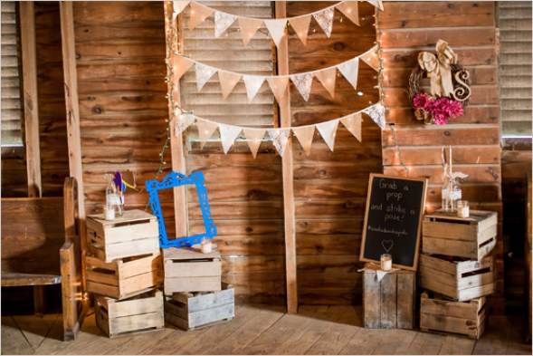 Rusti Photo Booth: 123WeddingCards