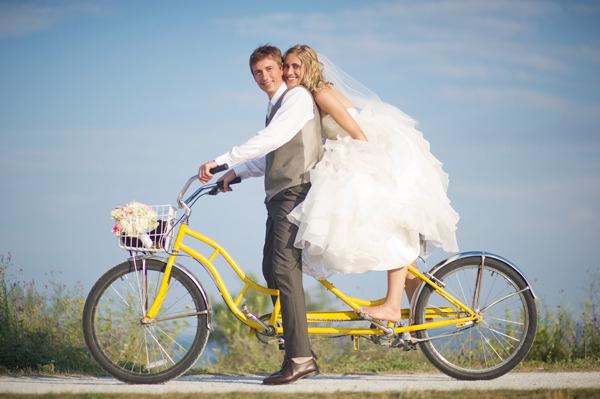 wedding-vintage-bicycle   123WeddingCards