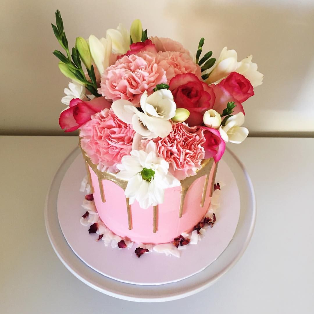 Wedding Cakes and Confectionery Ideas for Your Wedding Day