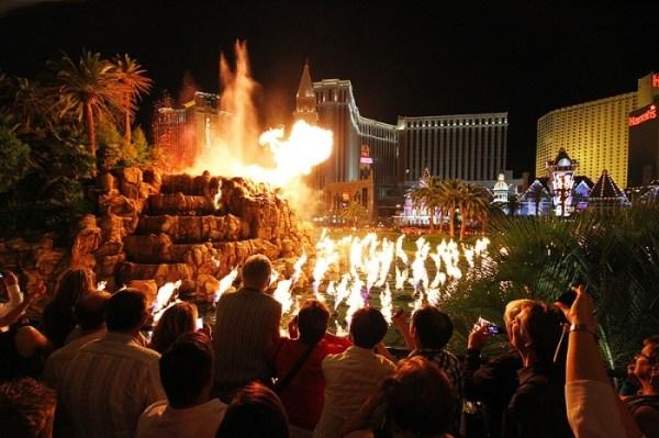 Mirage-Las-Vegas-Wedding-Venue-123WeddingCards
