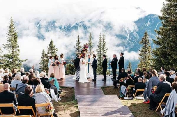 The-little-Nell-Aspen-Colorado-Wedding-Venue-123WeddingCards