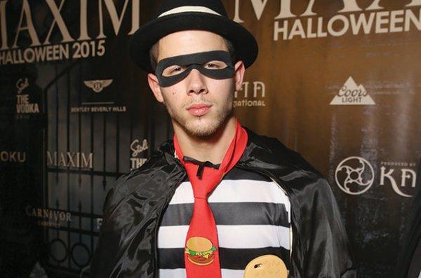 halloween dress of Nick Jonas in 2015