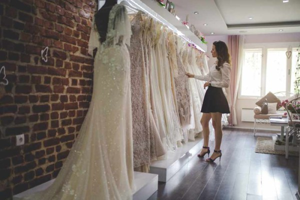 Time to Purchase Wedding Dress – An Ultimate Guide