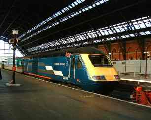 43078 seen in the old St Pancras station (c) Tony Shaw