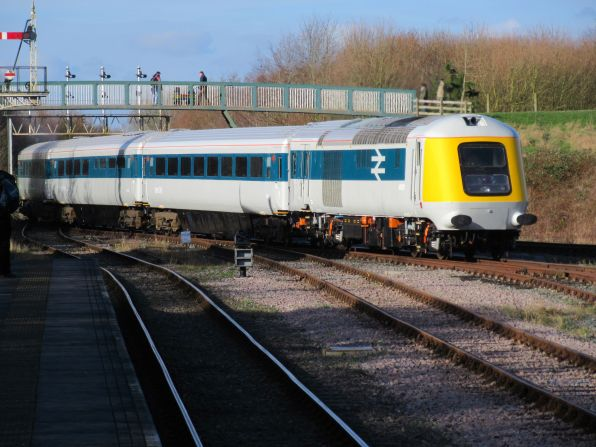 41001 and the MK3 carriages shunt out of Ruddington Yard