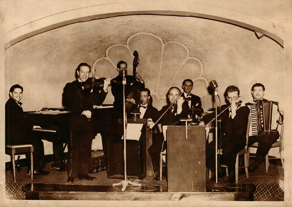 Bob Novack performing in Buffalo NY in 1945.